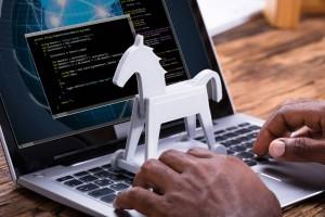 404 Keylogger最新木马,盗取受害者浏览器网站帐号和密码